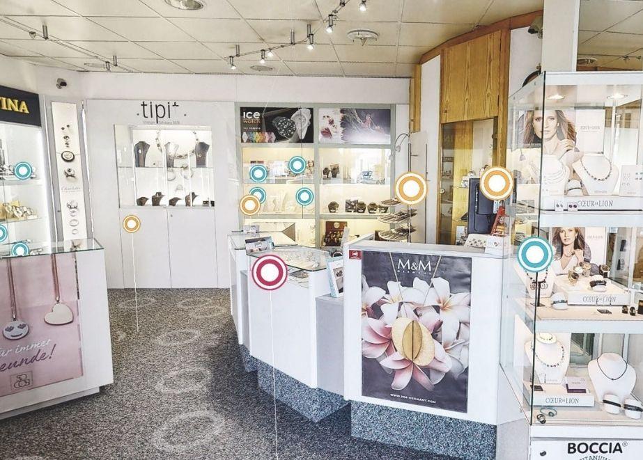 Die Info-Points leiten die Kunden wie ein echter Verkläufer. KLICKEN SIE AUF DAS BILD UM ZUR 3D-VISUALISIERUNG ZU GELANGEN!