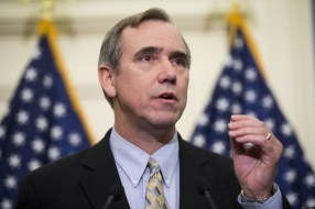 o-JEFF-MERKLEY-NETROOTS-NATION-facebook