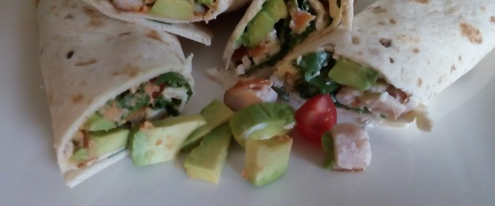 Lekkere lunch: wrap, avocado en gerookte kip