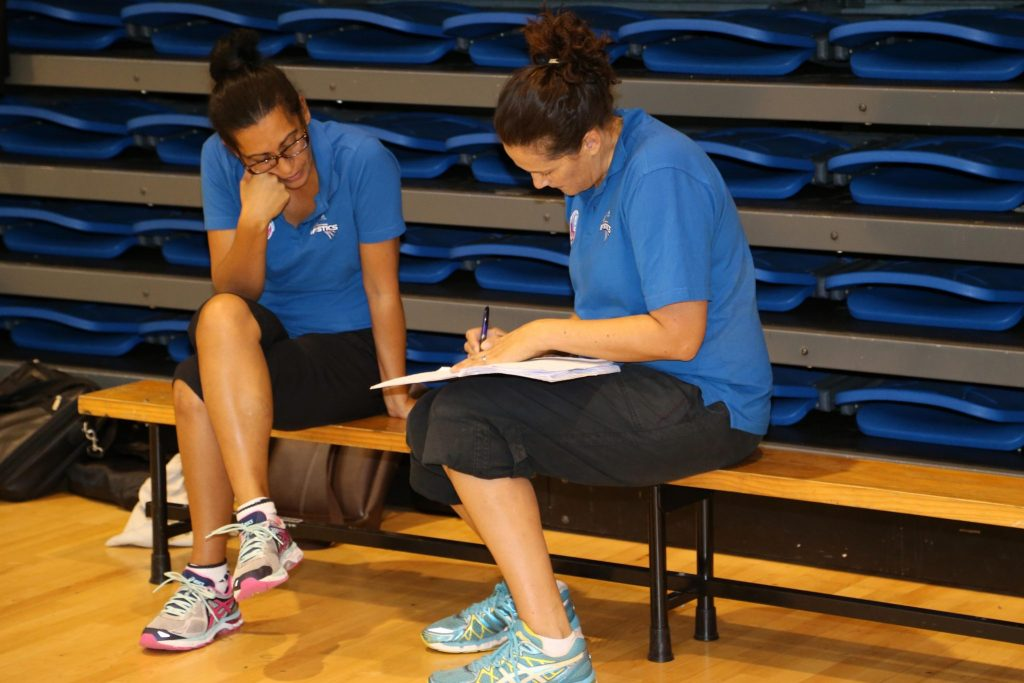 Noeline Taurua and Debbie Fuller scheming AR7Q8863