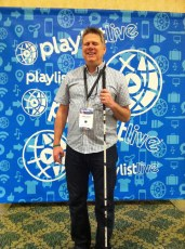 March 21, 2014 - Tommy Edison at Playlist Live in Florida