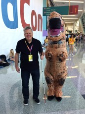 June 24, 2017 - Tommy Edison and a dinosaur at VidCon 2017