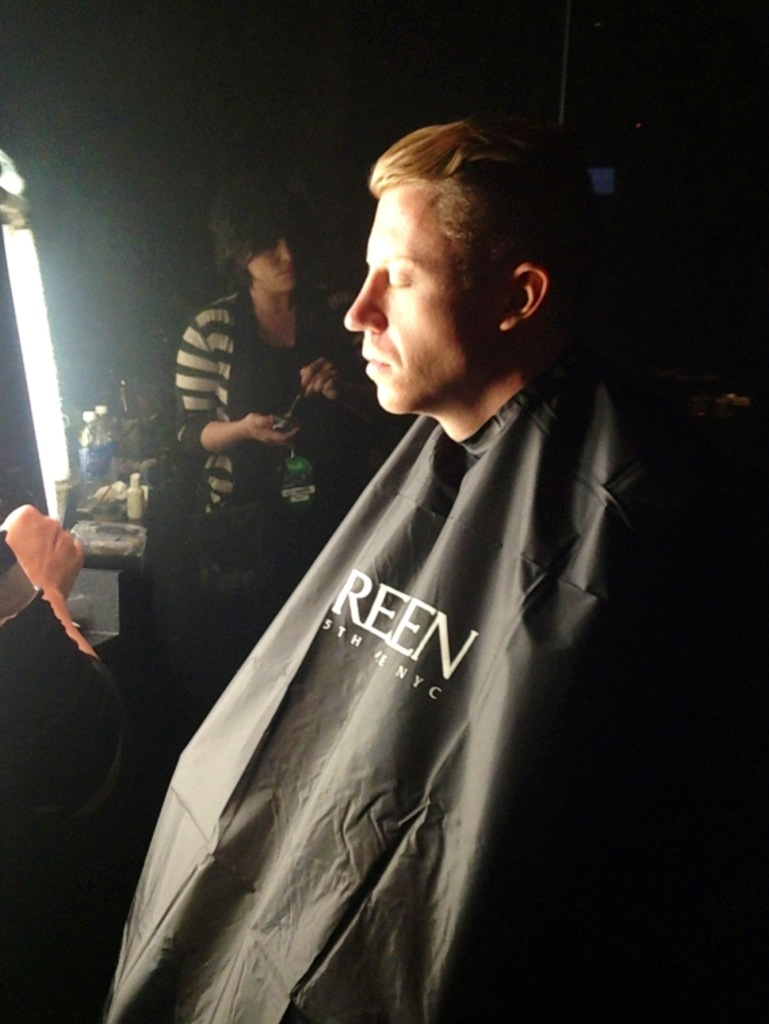 Macklemore with Redken backstage at the 2013 MTV VMAs