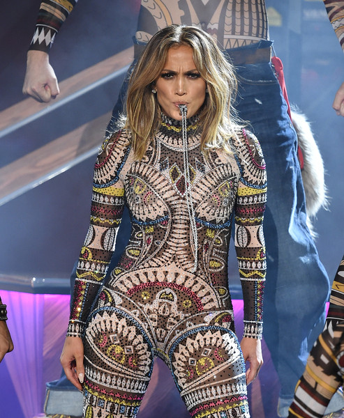 Jennifer+Lopez+2015+American+Music+Awards+UkD1cuFGfGll