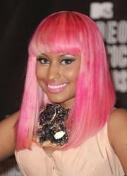 nicki minaj's pink hair