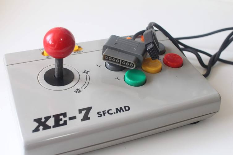 Honest XE-7 SFC and MD connectors