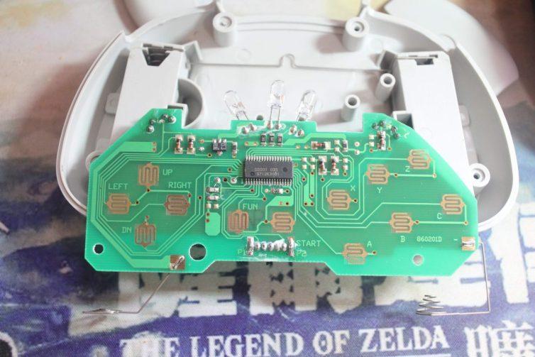 Sega Saturn HSS-0116 controller board close-up