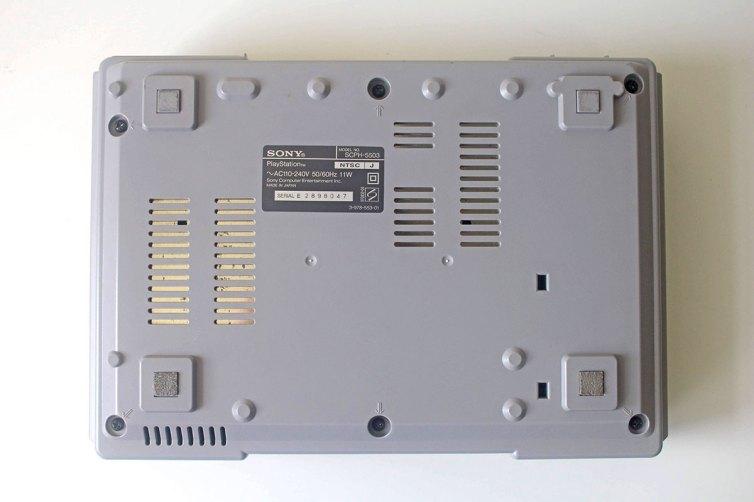 SCPH-5503 Console Bottom