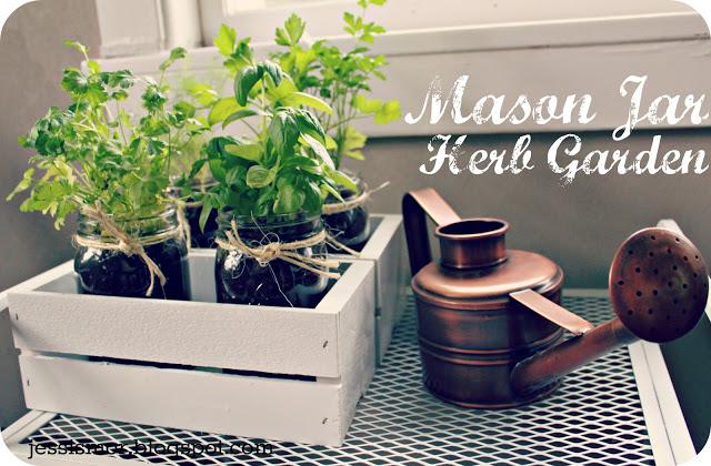 Mason Jar Herb Garden 10 ไอเดียกระถางต้นไม้จากของใกล้ตัว