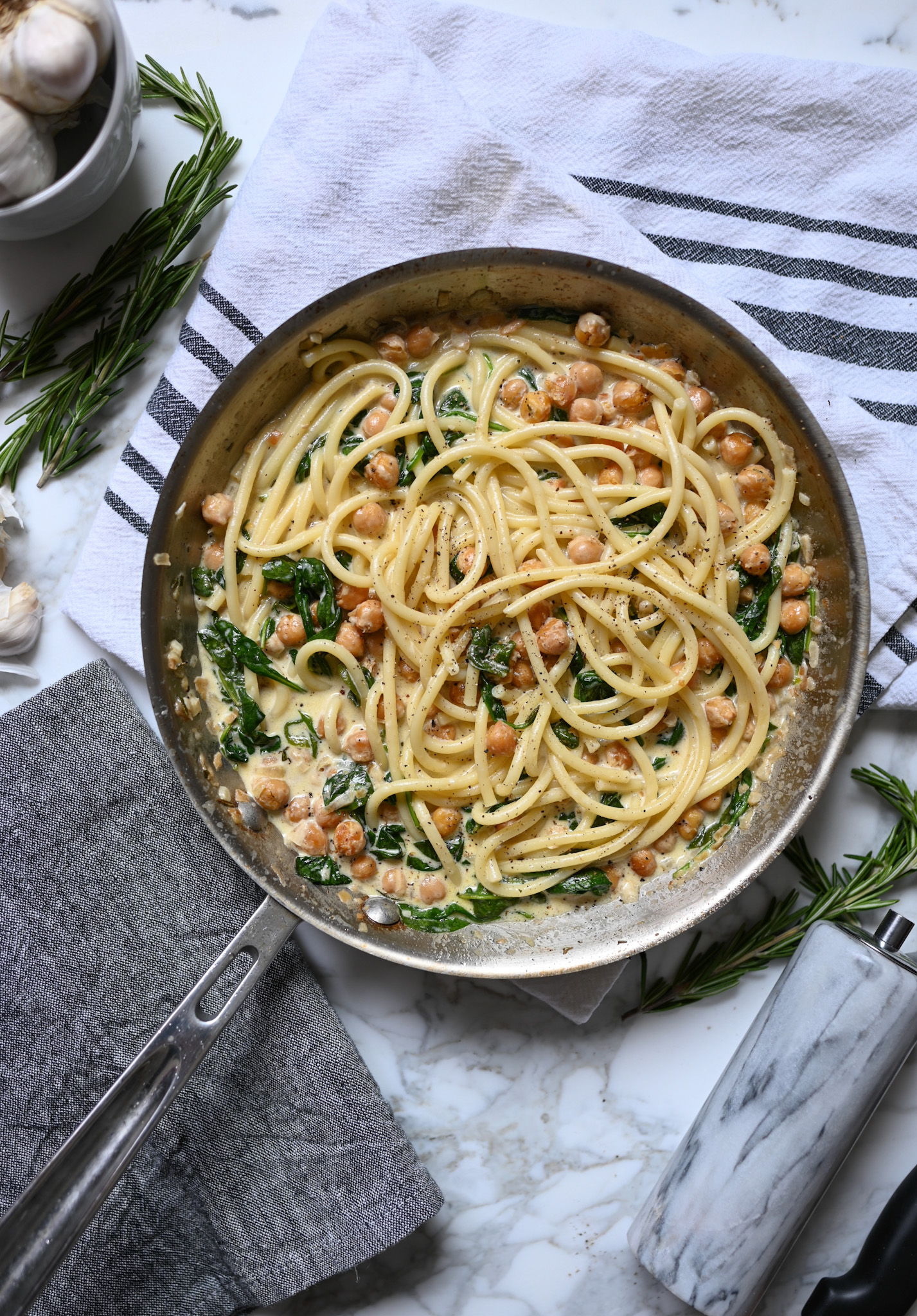 Creamy Chickpea Pasta With Spinach & Rosemary