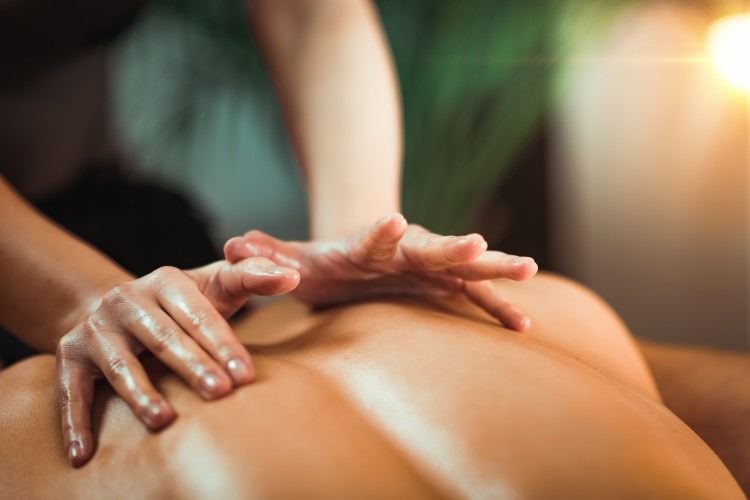 Massage therapy for upper back and shoulders