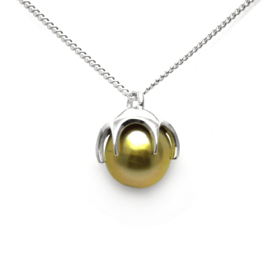 Golden Fiji pearl pendant in Sterling Silver