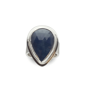 Artisan Ring | Pear Shaped Sapphire Hammered Ring