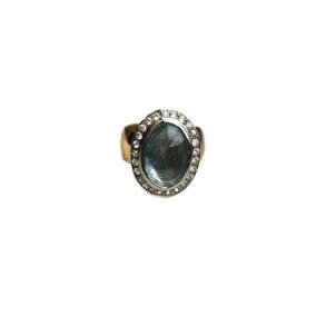 Custom Aquamarine_White Sapphire Gold Ring