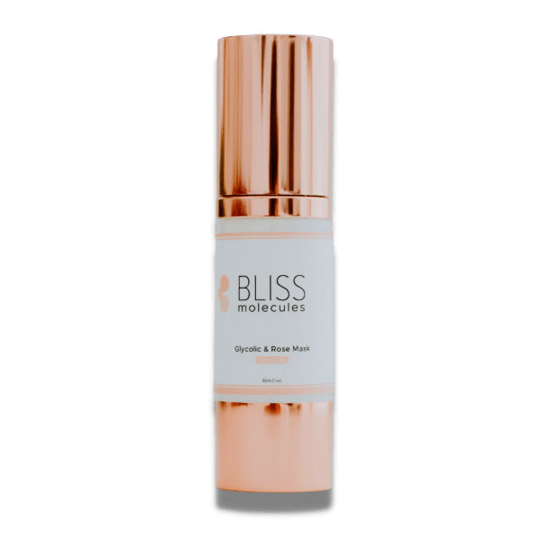 Glycolic & Rose Gel Mask is delicately scented with relaxing rose distillate, and loaded with retexturizing glycolic acid, to help reduce the build-up of excess skin cells, allowing skin to breathe. Broad Spectrum Hemp Extract is infused to minimize common irritations caused by glycolic acids by acting as an anti-inflammatory preventative agent and boosting the antioxidant properties of rose.