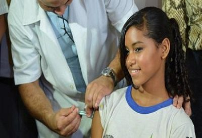 menina-sendo-vacinada-hpv