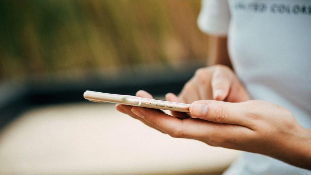 Skriv mobilvenlige tekster. Så er de de nemmere at skimme