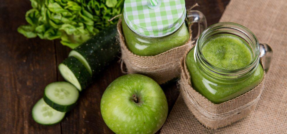 apple, cucumber and lettuce juice
