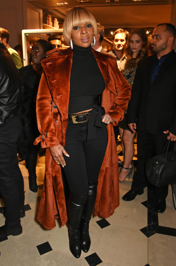 Mary J. Blige Burberry