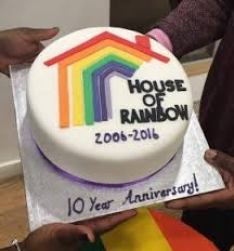 hosue of rainbow cake