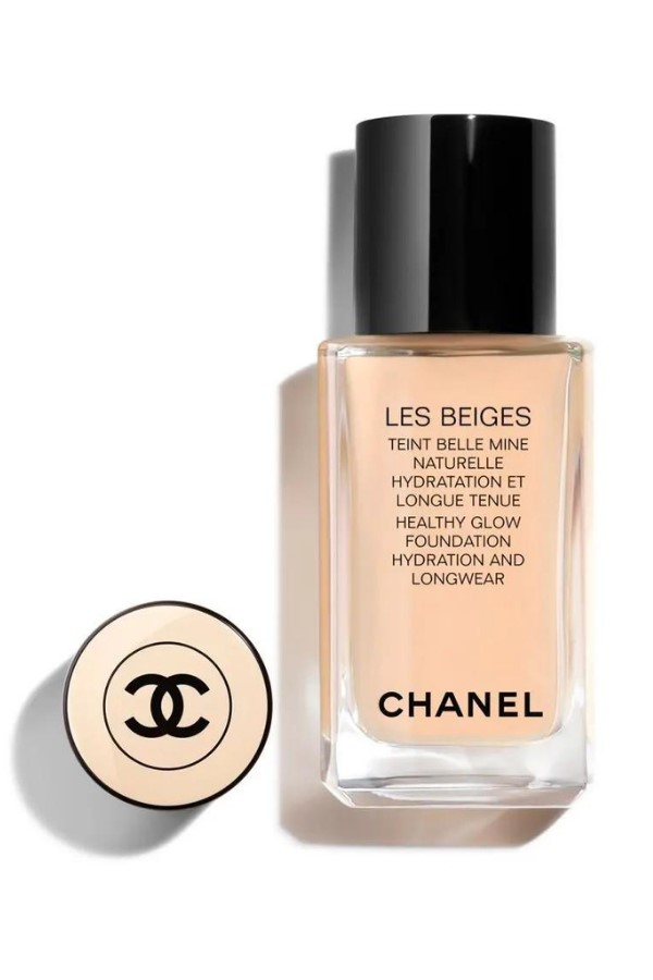 Shop CHANEL Les Beiges Healthy Glow Foundation 30ml