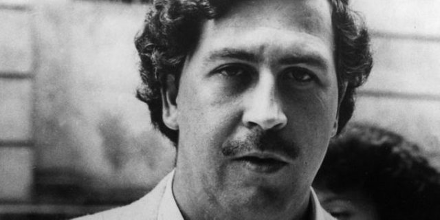 Photo of Drug Kingpin Pablo Escobar's Brother Launches DietBitcoin, Claims Satoshi Is A CIA Agent
