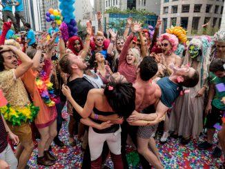 Também conhecido como programação, guia, roteiro, babado forte, acuenda, lista bafo, murro na poc e afins. Tudo para se fazer na semana da 22ª Parada do Orgulho LGBT de SP
