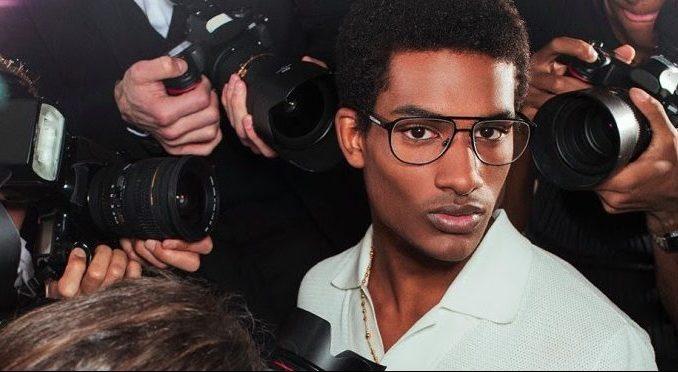 Modelo da Dolce e Gabbana fala sobre concorrência com influencers