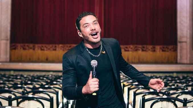"""Wesley Safadão alcança o primeiro lugar das músicas mais ouvidas do Spotify com """"Ele é Ele, Eu sou Eu"""""""