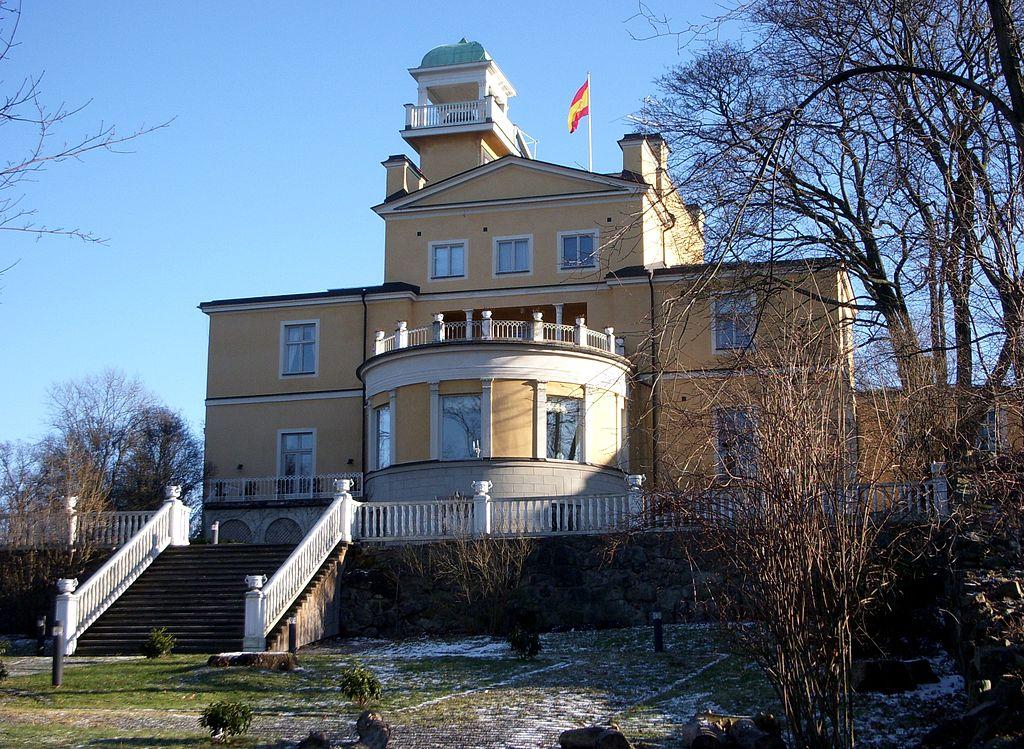 1024px-Byströms_villa_2009a