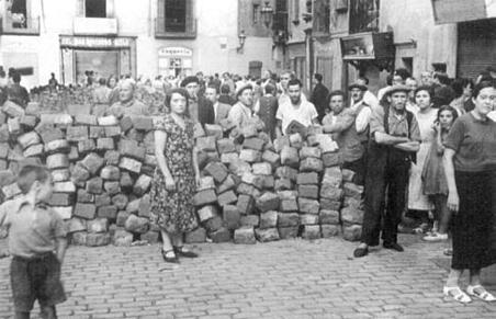 Barricada a la plaça de Sant Pere de Barcelona (19 de juliol de 1936)