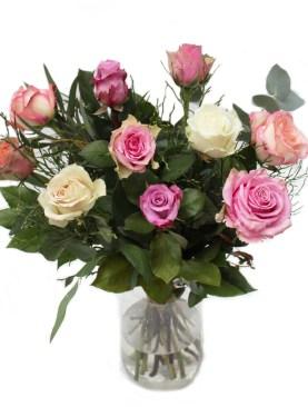 Lang rozen boeket