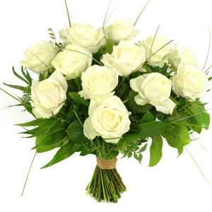 15 Witte rozen bestellen of bezorgen
