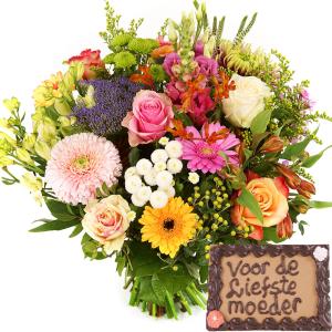 Moederdag bloemen en chocolade bezorgen bestellen of bezorgen