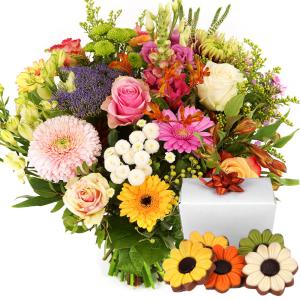Pastel bonte bloemen met chocolade bestellen of bezorgen