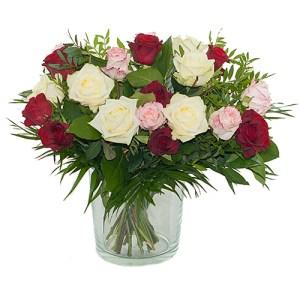 Boeket van drie kleuren rozen bestellen of bezorgen online