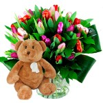 Valentijn boeket mix tulpen + bruine beer bestellen of bezorgen online