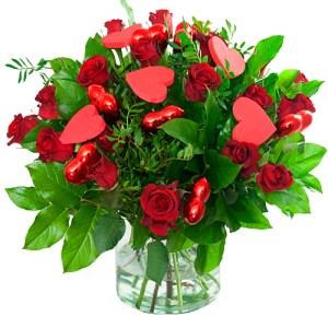 Valentijn boeket rode rozen met hartjes bestellen of bezorgen online