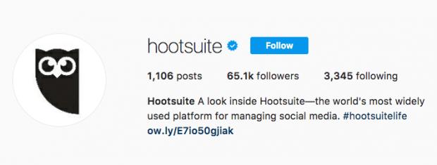Image of Hootsuite's blue verification badge on Instagram