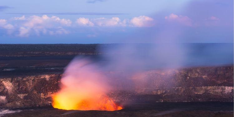 the kilauea volcano in hawaii volcanoes national park at dusk