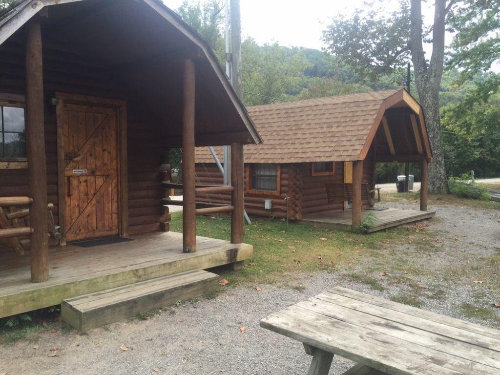 two wood cabins in north carolina