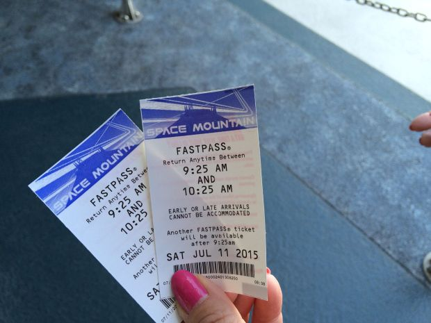 Space Mountain Paper Fastpass