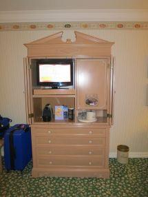 Paris Disneyland Hotel TV