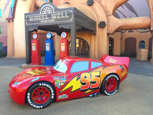 Cars Details Disney' Art Of Animation Resort