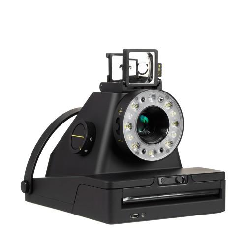 L'I-1 le premier appareil photo instantané connecté, plus écologique que ses prédécesseurs mais dans l'esprit des anciens polaroïds.