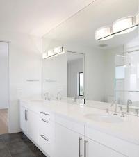 Bathroom Mirrors - Framed, Frameless, or Functional?