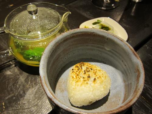 食事(フキ味噌の焼きおにぎり・鰹出汁・香の物)