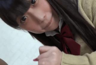 【◆無修正◆個人撮影】天真爛漫で男好きな18歳のデカパイ高校生女子校生をノーパンのまま舌愛撫させてみた