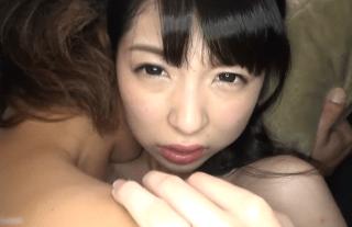 【無修正】人気AV女優あおいれなの流出モノ!!!!貧乳最強激カワの生ハメアソコに発射無料