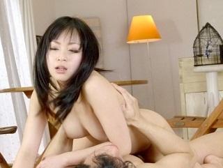 【無修正】羽月希純白ムッチリ美肉塊な極上キレイなお姉さんを生肉棒で突き上げる膣内射精セックス